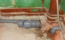 Как производится замена чугунных канализационных труб на пластиковые