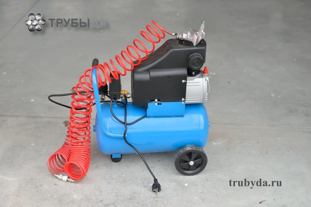 Компрессор для продувки труб водоснабжения